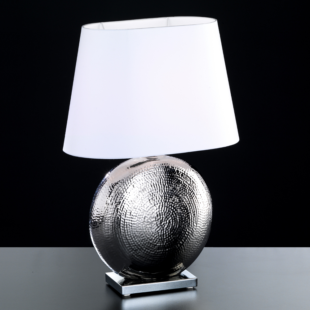 Ovale tischlampe in keramik chrom for Grosse lampe de salon a poser