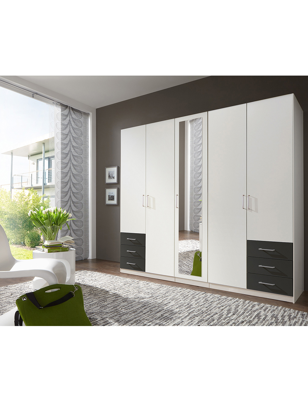 armoire cinque 5 portes. Black Bedroom Furniture Sets. Home Design Ideas