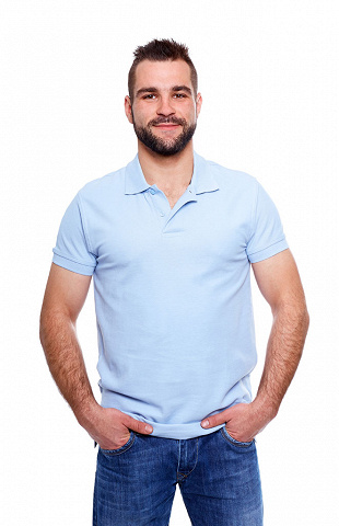 Hellblaues Polo-Shirt